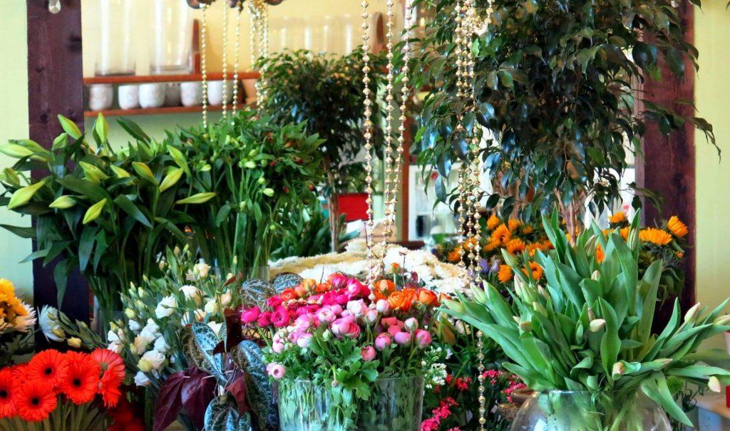 בתוך חנות פרחים בראשון לציון פרחים תמר
