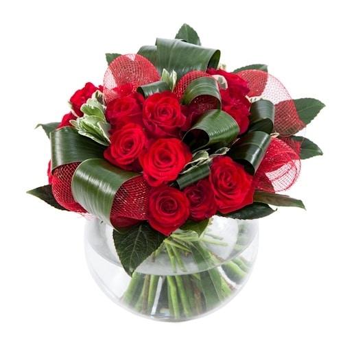 זר ורדים מסוגנן