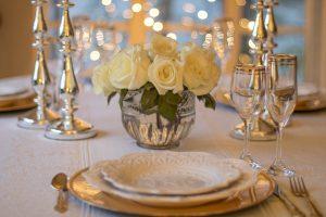 משלוח פרחים לפסח לשולחן חג